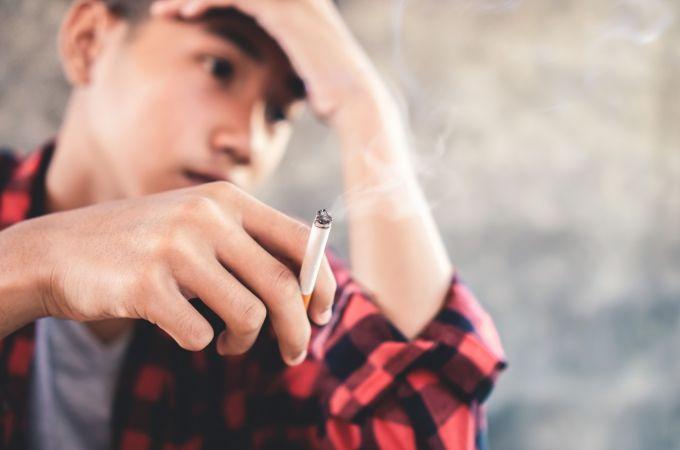 Cigarro pode servir de porta de entrada para outras drogas?