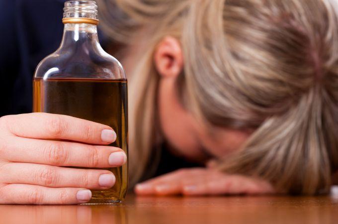 Como controlar o alcoolismo na quarentena?