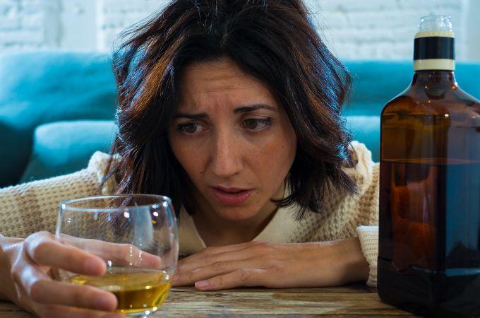 Qual é a relação entre ansiedade e álcool?