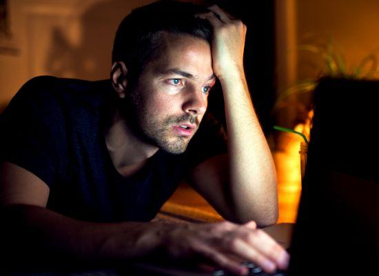 Os perigos do uso de drogas no trabalho e impacto na produtividade